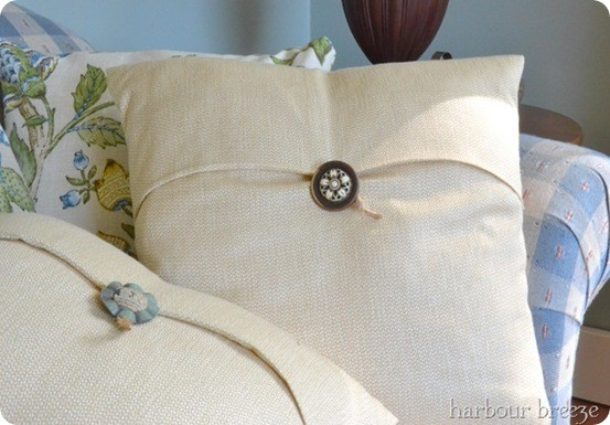 Vintage Button Closure Pillow Cover