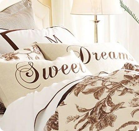 Burlap and Velvet 'Sweet Dreams' Pillows