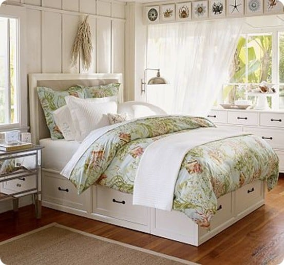 Pottery Barn Stratton Bed with Drawers 553 x 516