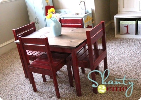 Children s play table and chairs