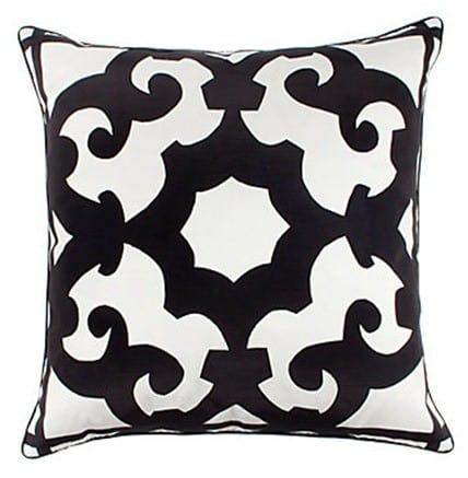 bukhara-pillow-24-black-white-040009998
