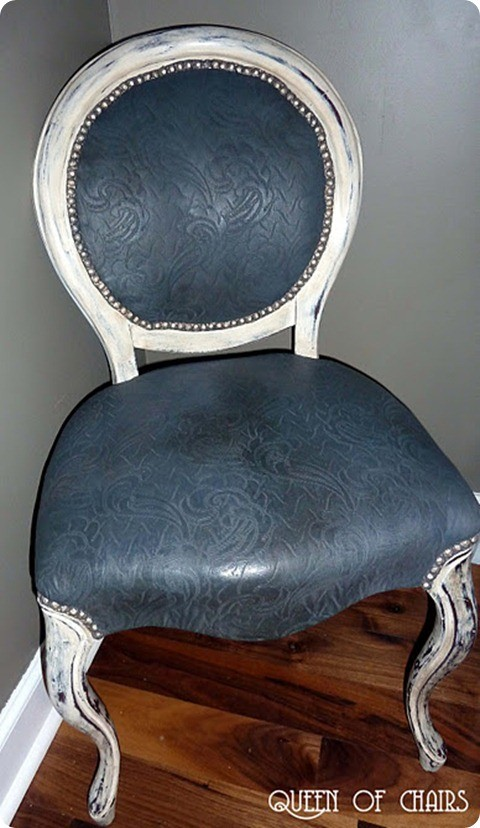 painted_fabric_chair_after_2