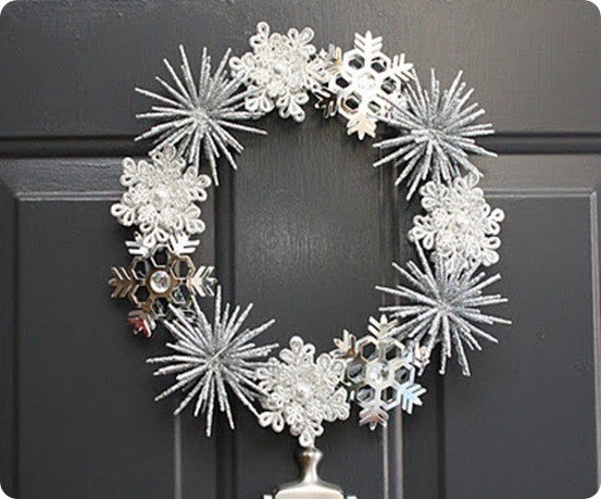 winter snowflake wreath