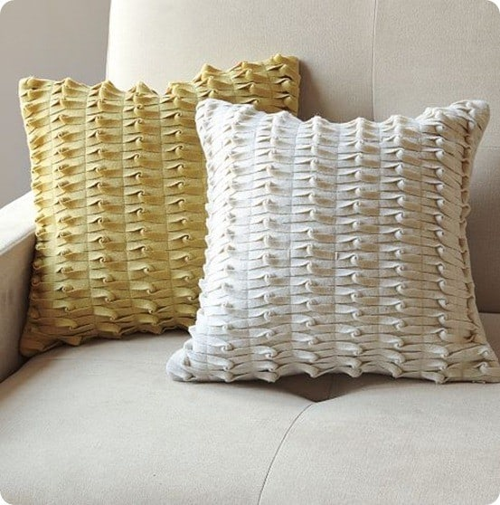 Knotted Felt Pillow Cover