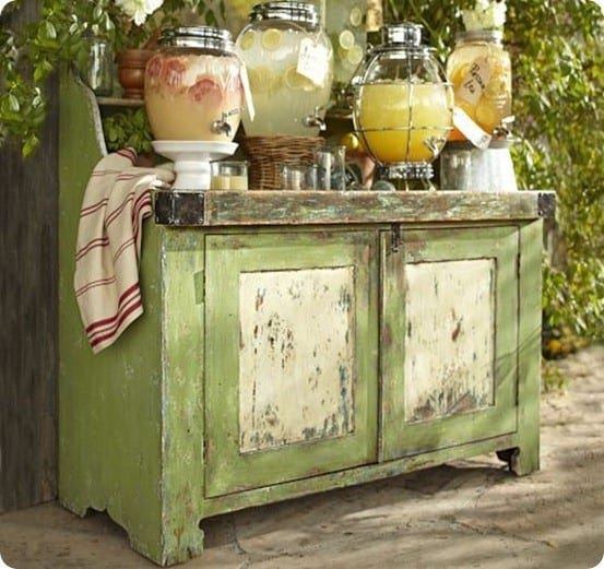 pb green outdoor console
