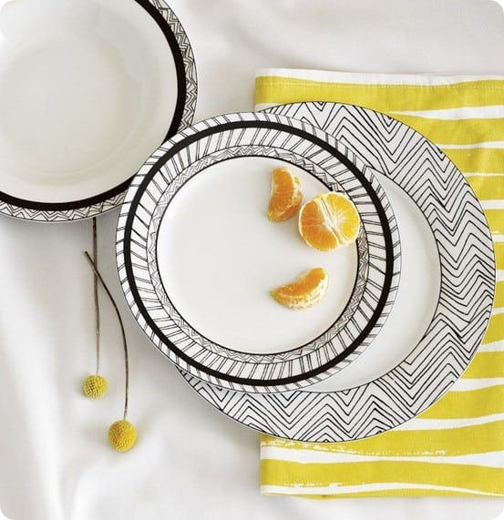 Chevron Sketch Dinnerware Set