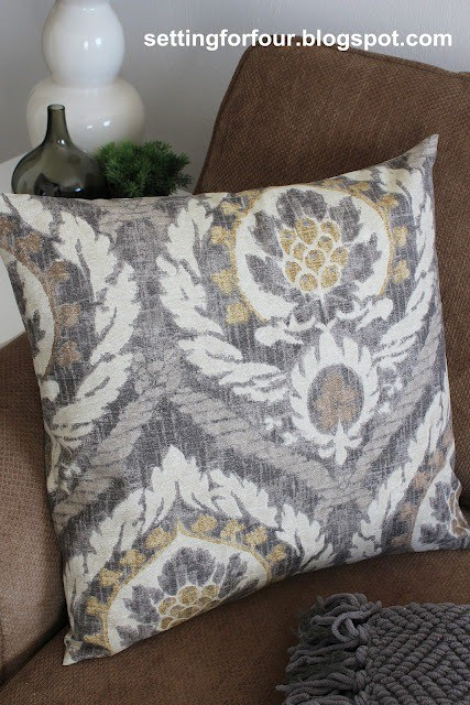 kravet_ikat_pillow