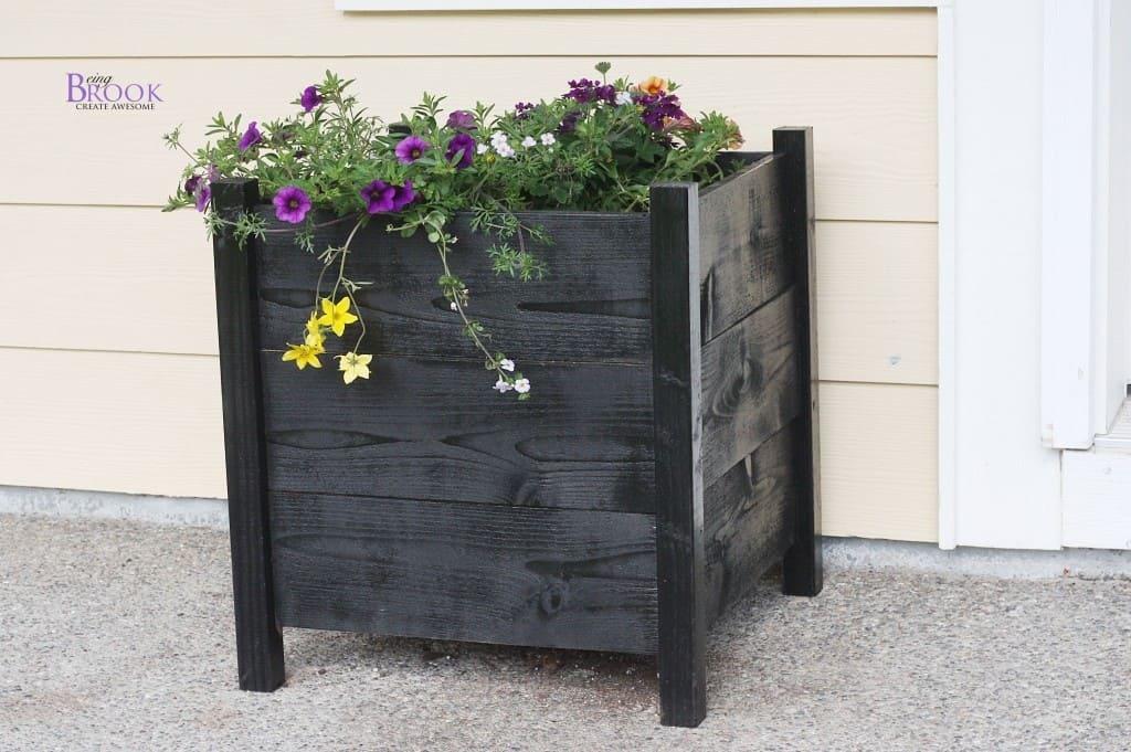 square_cedar_planter