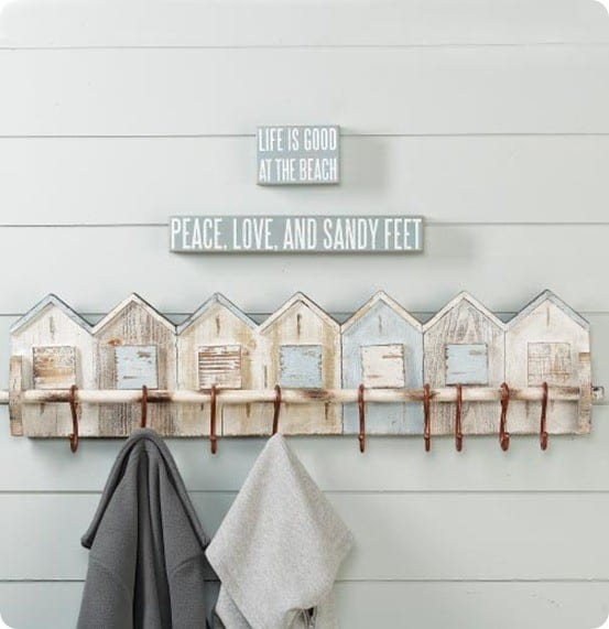 Beach House Wall Plaque With Hooks