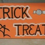 Treat-or-Treat Sign