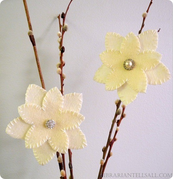 West Elm Christmas Flower Ornament Clip How to Make DIY
