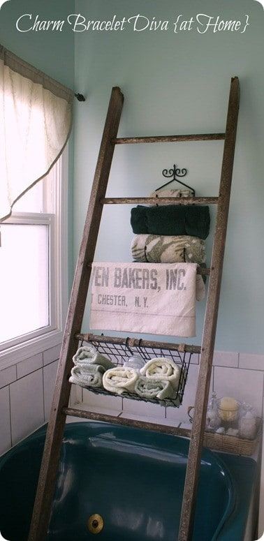 Storage and Organization | I LOVE this genius idea for turning the old monkey bars from a play set into a storage ladder for the bathroom. It's perfect for adding storage to small spaces!