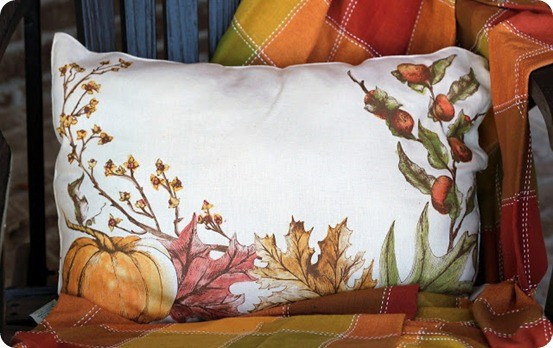 Make Seasonal Pillows From Placemats Knockoffdecor Com