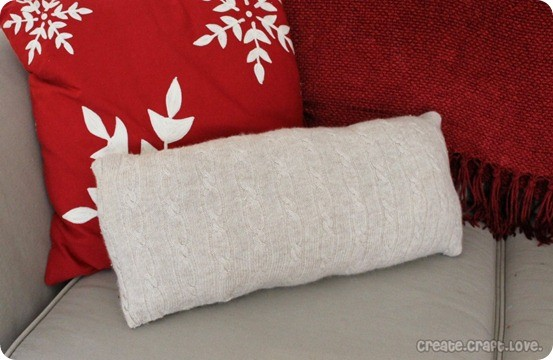 diy cable sweater pillow