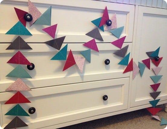 diy paper triangle garland