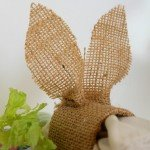burlap-bunny-napkin-rings-for-easter.jpg