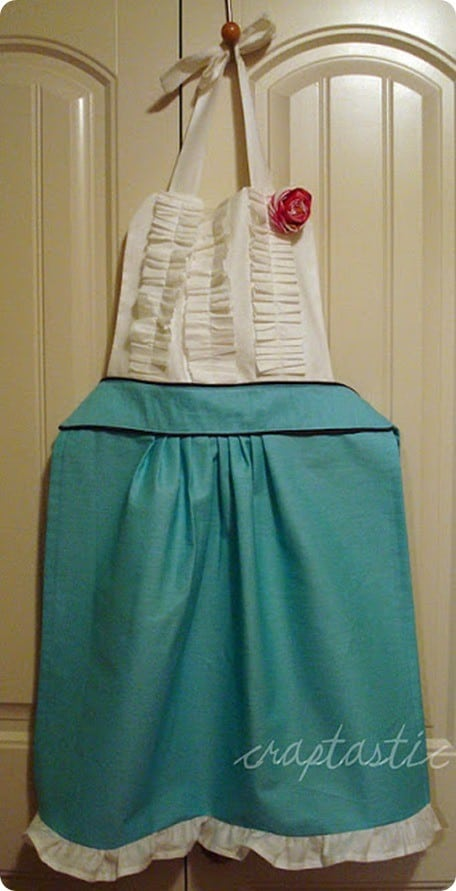 anthropologie knock off tea and crumpet apron