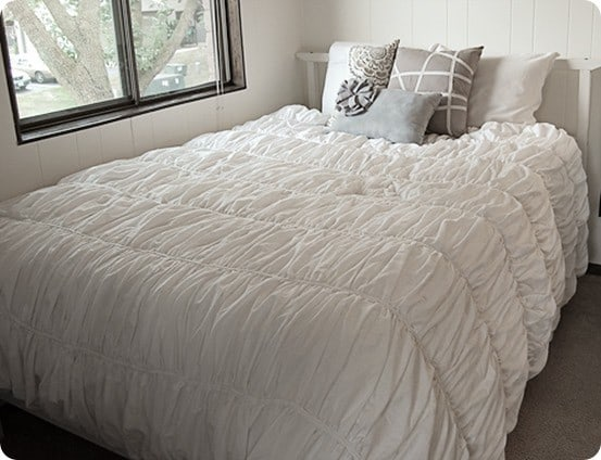 Fabulous ruffled duvet cover