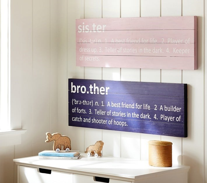 Sister Wall Sign from a Pallet