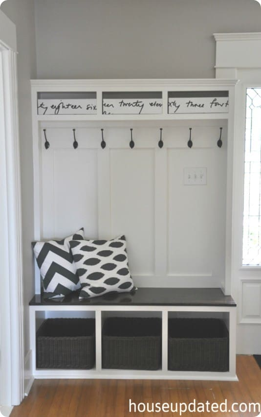 How to build mud room storage joy studio design gallery for Foyer storage ideas