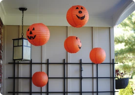 Hanging Pumpkin Paper Lanterns For A Happy Halloween