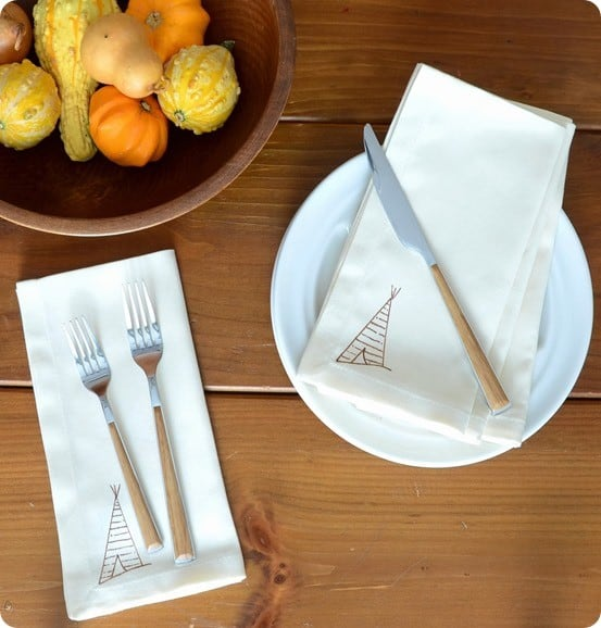 Anthropologie Inspired DIY Tee-Pee Napkin (1)