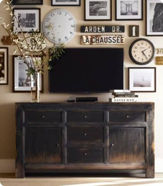 how to create a gallery wall around your tv