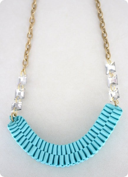 anthro knock off ribbon necklace