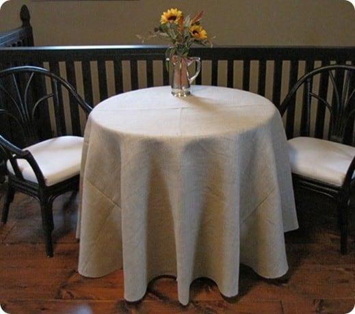 diy round burlap tablecloth