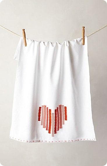 ribbon heart dishtowel