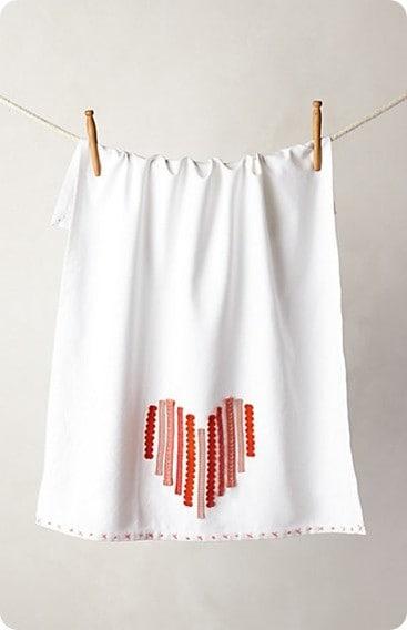 ribbon heart dishtowel