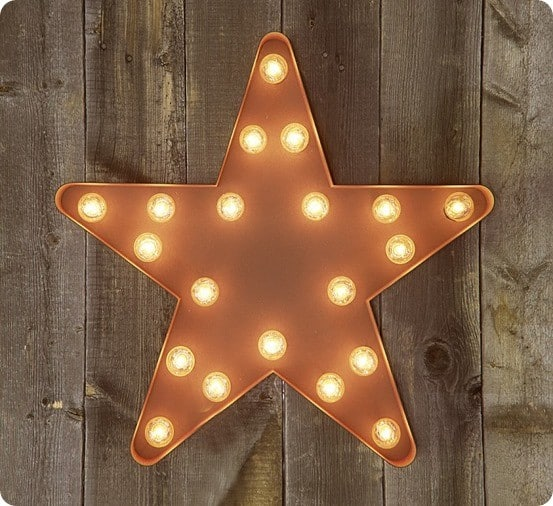 Upcycled Light Up Star Wall D 233 Cor