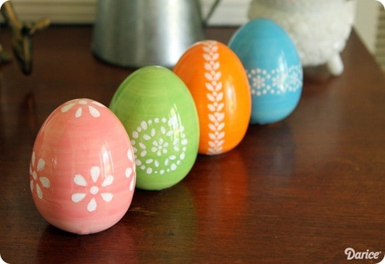 5-Minute Painted Easter Eggs