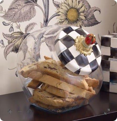 cookie jar with enamel lid