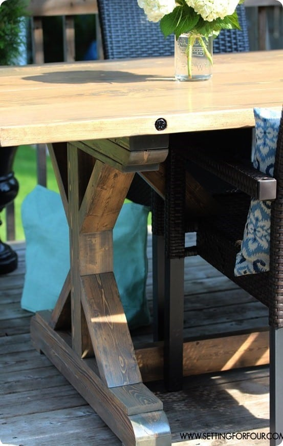 make-a-farmhouse-table-diy