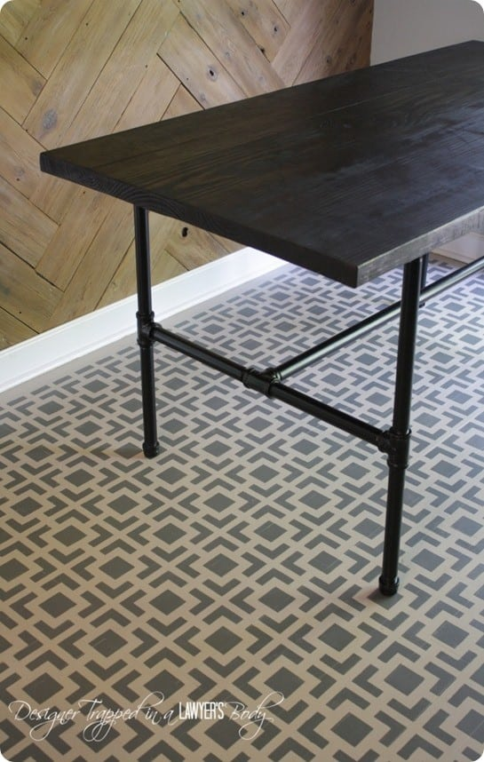 Industrial Pipe Leg Dining Table : pipe dining table from knockoffdecor.com size 545 x 858 jpeg 135kB