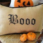 No-Sew Burlap Boo Pillow