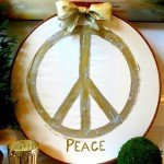 "Embroidery Hoop ""Peace"" Christmas Sign"