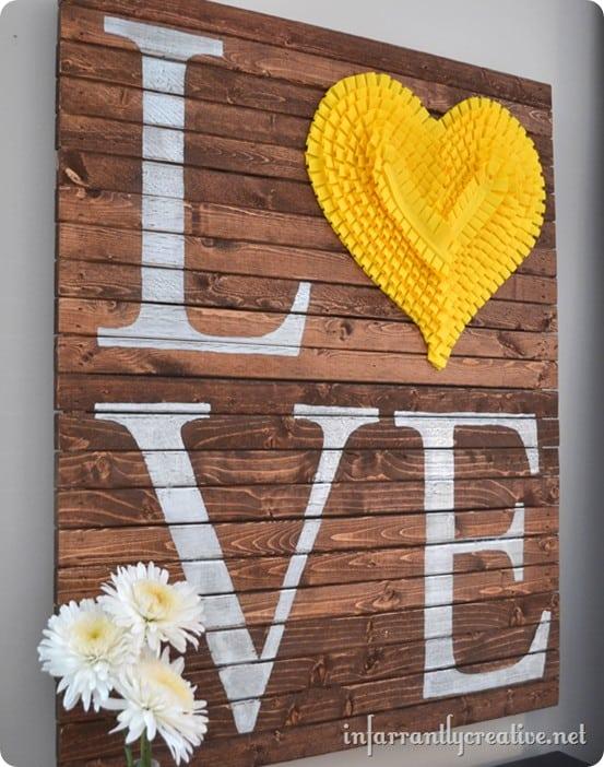 LOVE Valentine Pallet Art