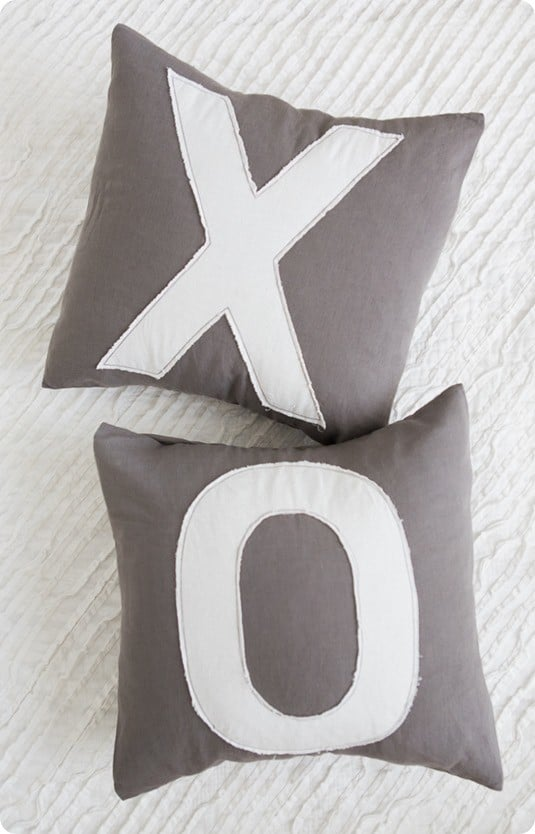 xo valentines pillows inspired by Anthropologie