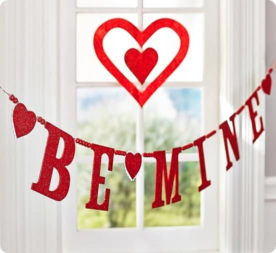 Valentine's Day Be Mine Glitter Garland