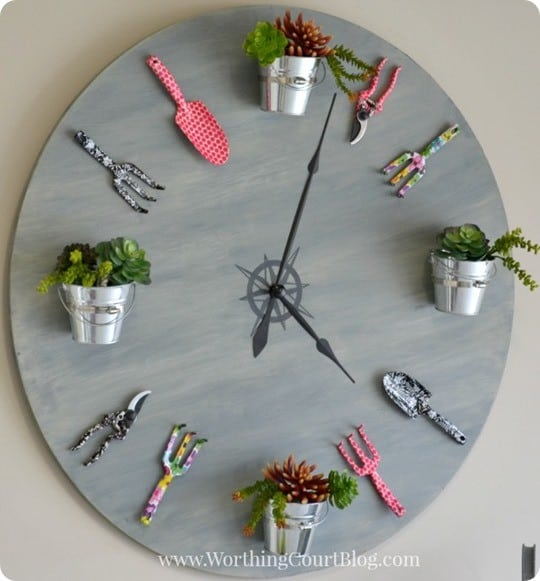 DIY Garden Clock Made from an Old Tabletop