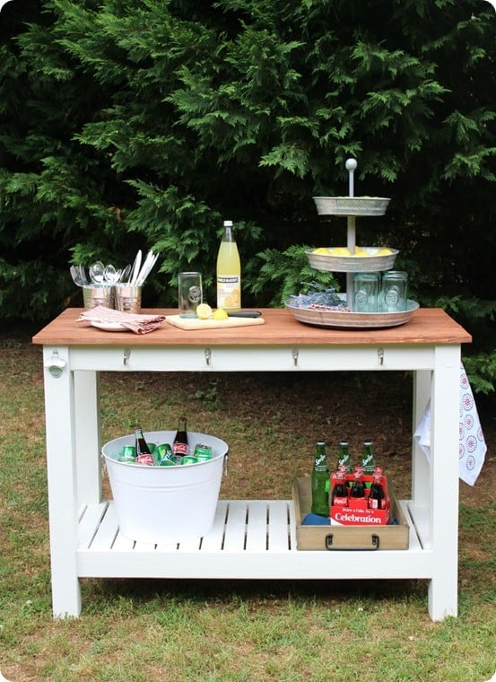 Brilliant Diy Outdoor Buffet For Entertaining Knockoffdecor Com Home Interior And Landscaping Analalmasignezvosmurscom