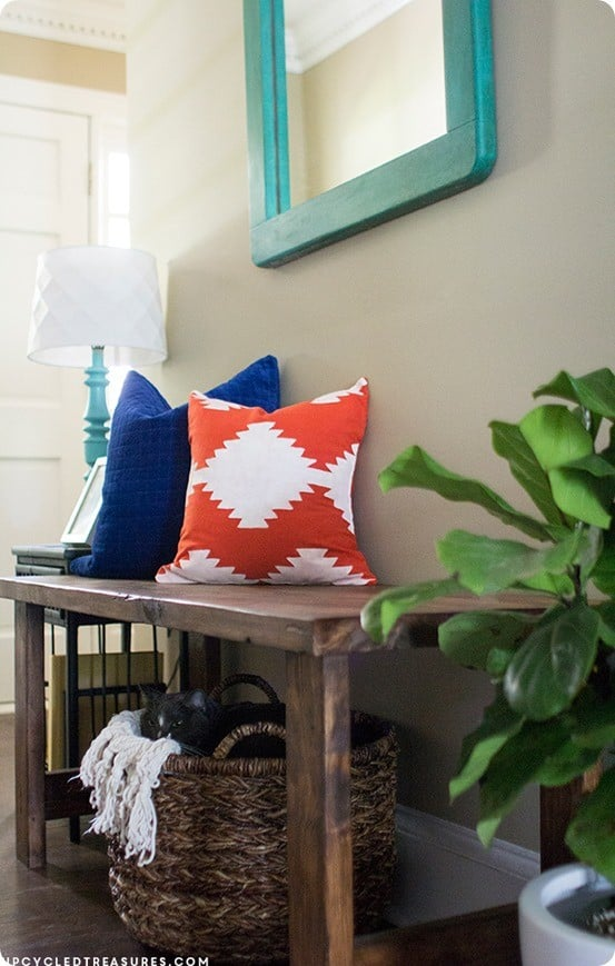 DIY Home Decor ~ Painted Kilim Pillow Cover