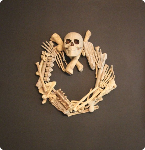 DIY Halloween Decorations ~ Bones Wreath