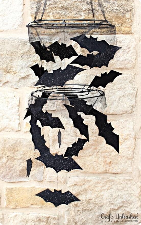 DIY-Halloween-bat-chandelier