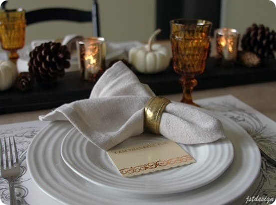 Thanksgiving-Tablesetting-with-Pottery-Barn-Inspired-DIY-Linen-Napkins