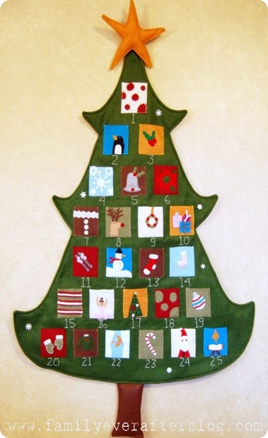 DIY Christmas Countdown ~ This felt Christmas tree countdown is kid-friendly and sure to become a treasured family heirloom!