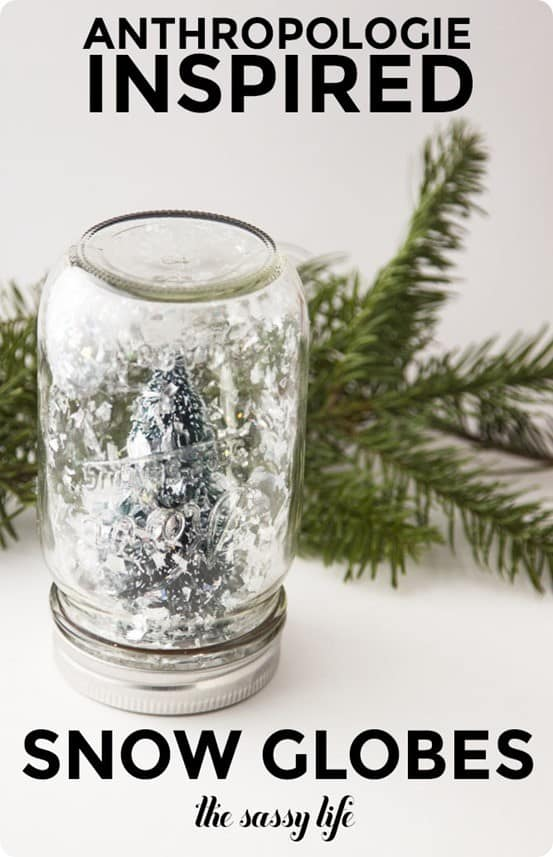 DIY Christmas Decorations ~ Make these Anthropologie knock off snow globes in just minutes!