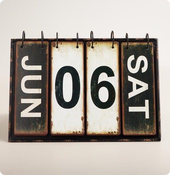 Rustic Perpetual Desk Calendar